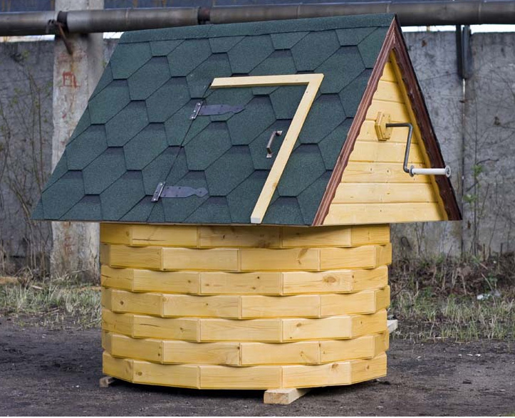 Домик для скважины своими руками на даче