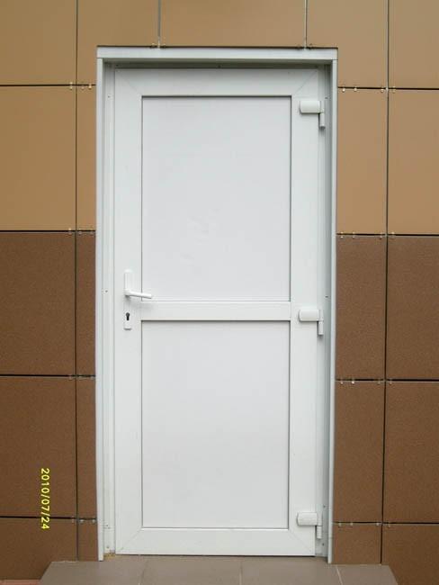Пластиковые двери фото